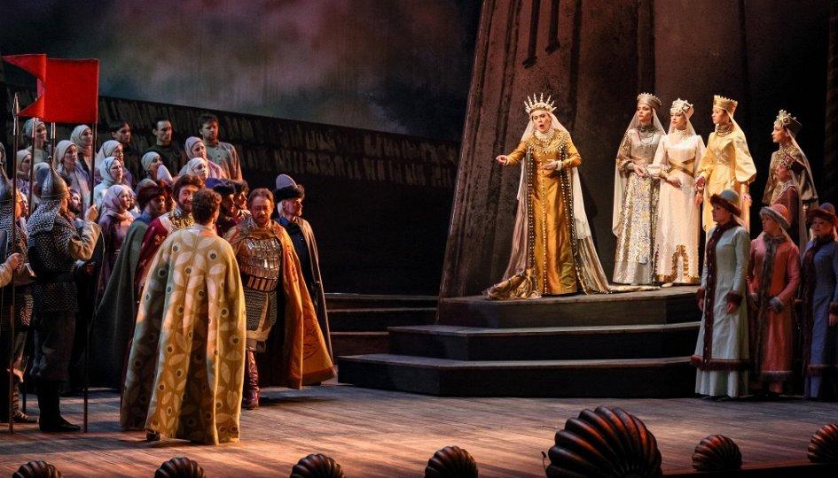 Театр: Князь Игорь