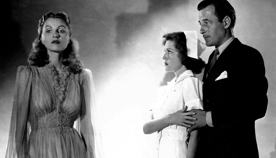 Кино: «Я шла рядом с зомби»