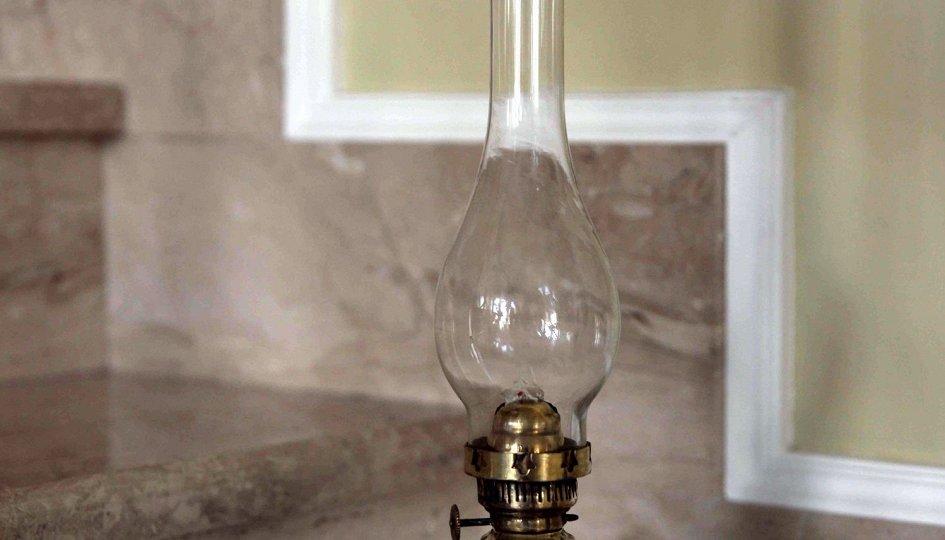 Выставки: Волшебство старой лампы