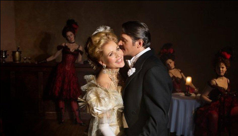 Кино: «Веселая вдова»
