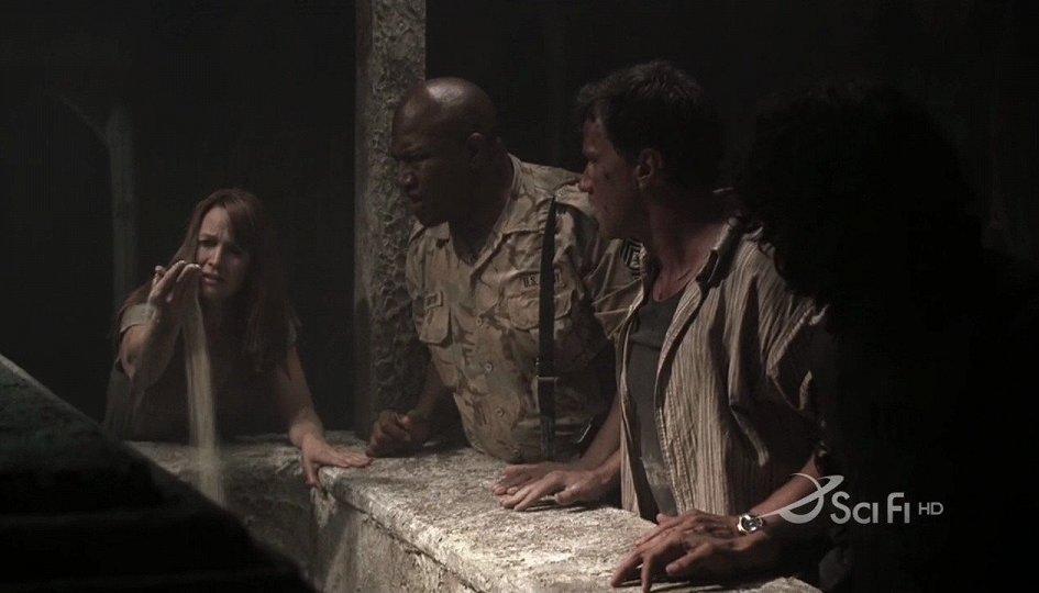 Кино: «Ковчег монстра»