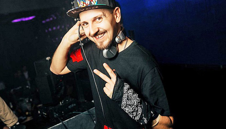Концерты: «Light My Idol»: DJs Ozz, Igor Volt