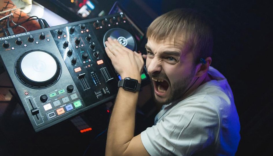 Концерты: «Пенная вечеринка»: DJs Dyxanin, Loboykoff