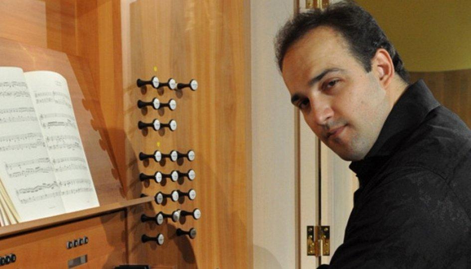 Концерты: «Музыка дворцов и парков»: Тарас Багинец
