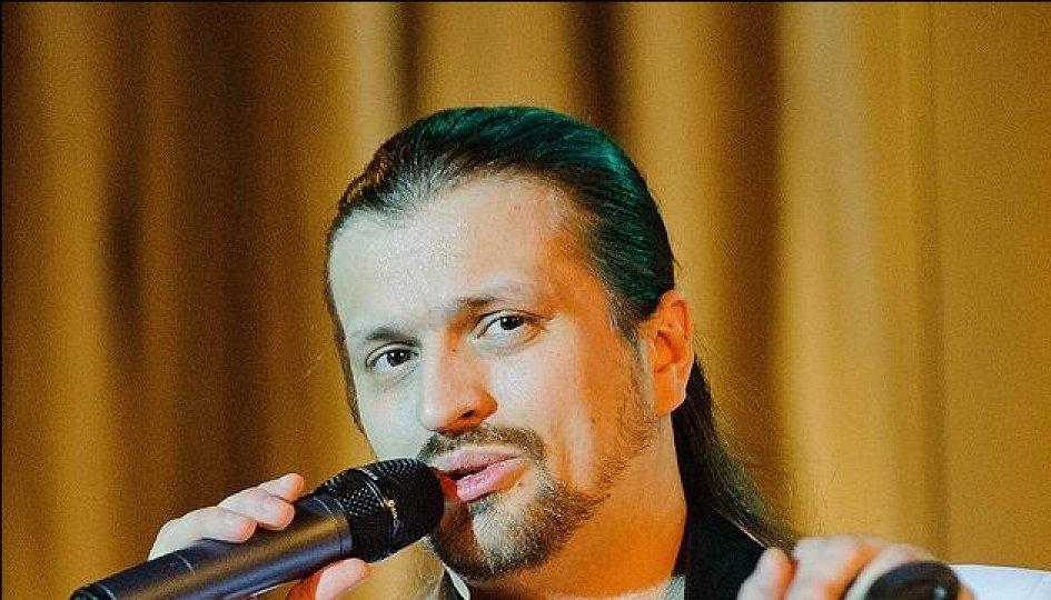 Концерты: Алексей Петров (баритон)