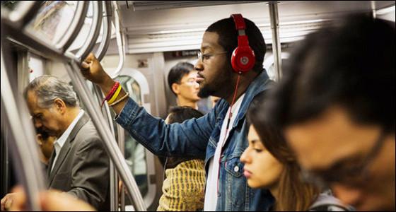 Apple запустит стриминговый музыкальный сервис