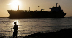 Избыток нефти сохранится в течение 2016 года