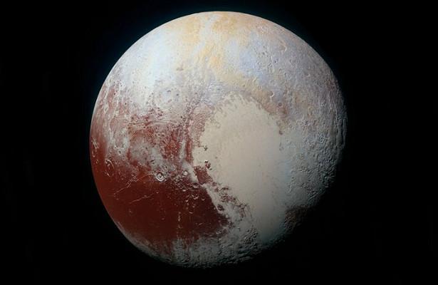 Ученые разглядели заснеженные горы наПлутоне