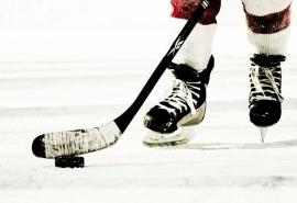 Хоккеист умер нальду вОмске