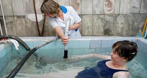 Минздрав не поддерживал снижение температуры горячей воды