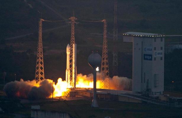 СШАпотеряли дваспутника вовремя пуска сКуру