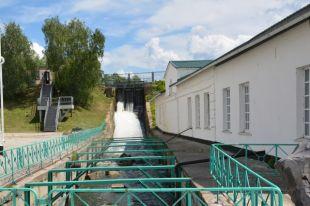 Колесо позапрошлого века обеспечит электричеством завод вКолывани