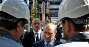 Путин встретится с нефтяниками