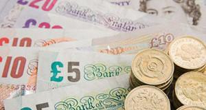 Крах британского фунта продолжается