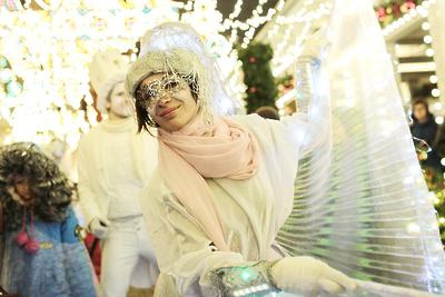 Новогоднюю театрализованную программу покажут вокругах Москвы с30декабря по3января