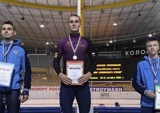 Конькобежец армейского клуба стал двукратным победителем Кубка Коломенского кремля