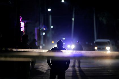 Мексиканских полицейских обвинили вмассовом убийстве мигрантов