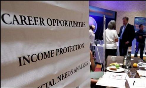 Безработица в США достигла минимума за семь лет