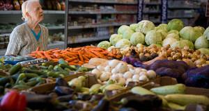 Россия готовится к возвращению продовольственных карточек