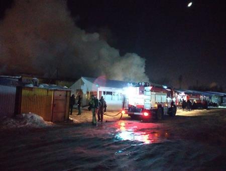 Крупный пожар унес жизни нескольких человек вКирове