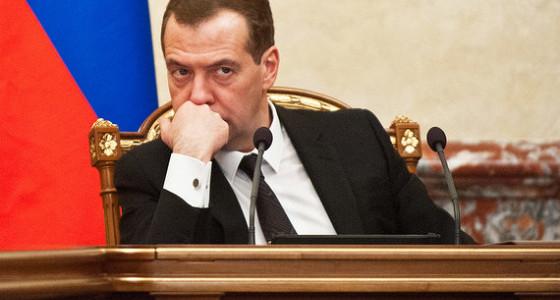 Медведев защитил прогноз Минэкономразвития от претензий министров