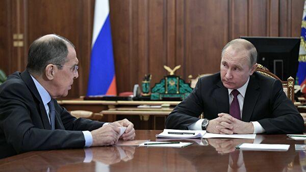 «Мывседолжны извиниться? Путин? Лавров?»