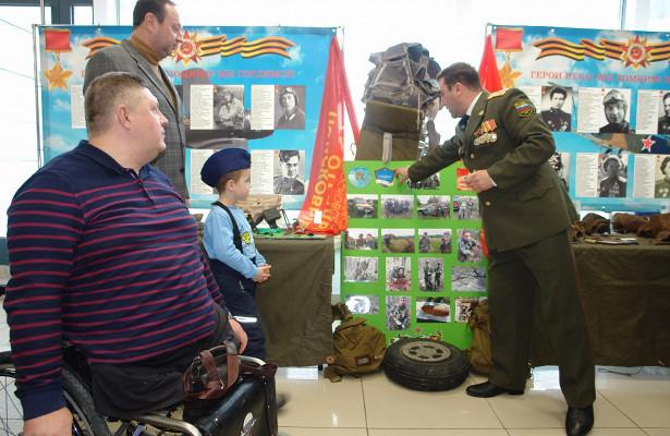 ВКрасногорске открыли выставку «Герои Неба»