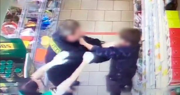 Насломавшего российскому школьнику позвоночник охранника завели уголовное дело