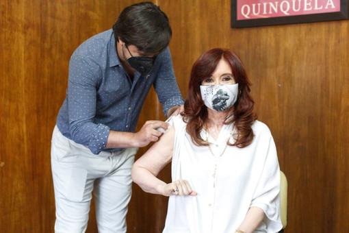 Вице-президент Аргентины привилась «Спутником V»