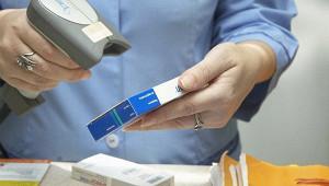 Медведев: власти РФ не допустят разбалансировки на рынке лекарств