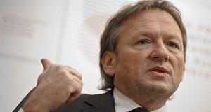 Бизнес-омбудсмен пообещал помочь владельцам снесенного самостроя