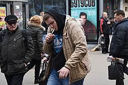 Каждый шестой в России бросил сигарету