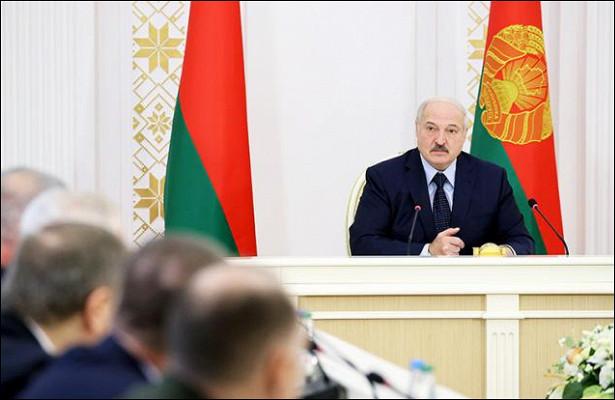 Европа пытается взять Лукашенко «наболевой»