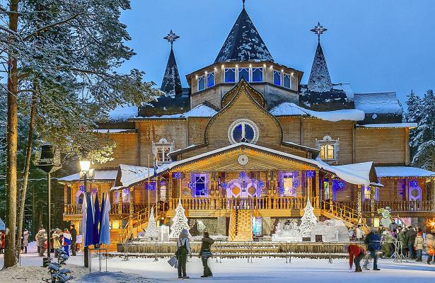 Семейные путешествия кДеду Морозу вошли втопспроса нановогодние праздники