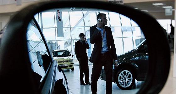 Продажи новых люксовых авто в России падают