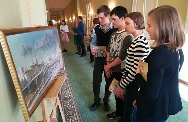 Навыставке вДоме музыки свои работы представили юные художники изКузьминок