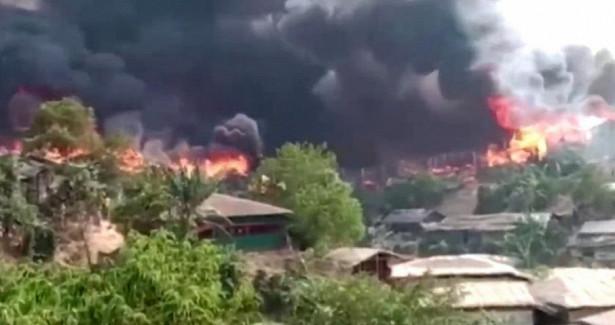 Беженцам рохинджа опять пришлось бежать— пожар сжег ихлагерь вБангладеш