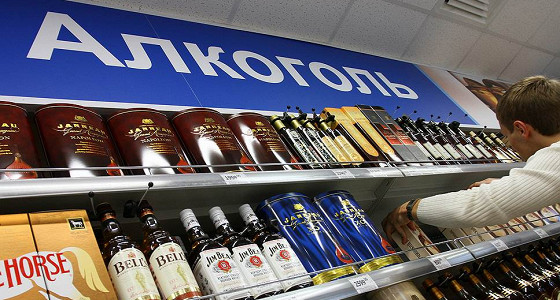 В России незаконно производят 75% алкоголя