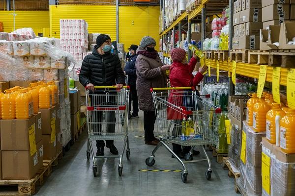 Гастроэнтеролог перечислил чаще приводящие котравлению продукты