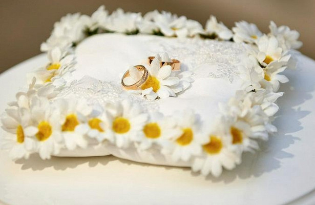Около 850московских парпоженились в«красивую» дату— 10октября