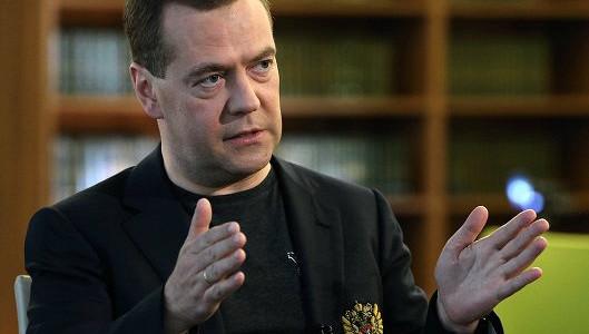 Медведев: власти заинтересованы в предсказуемом курсе рубля