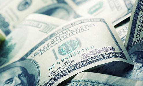 Доллар укрепляется к мировым валютам