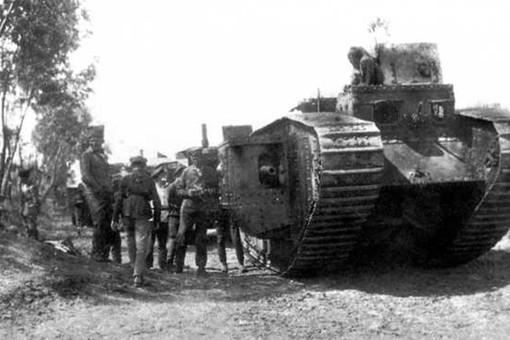 «Огнедышащая смерть»: танки Врангеля против большевиков