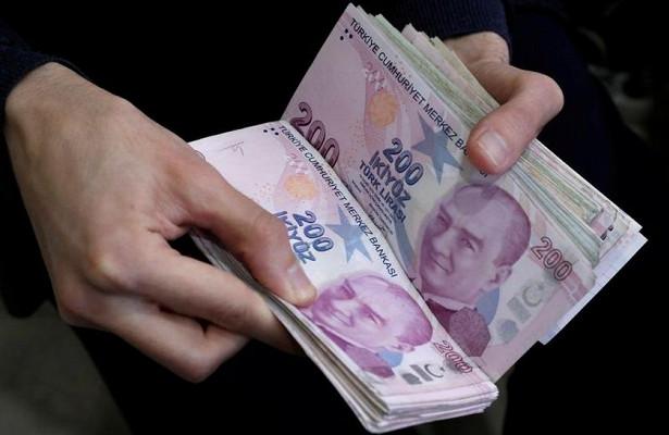Турецкая лира обвалилась доминимума после землетрясения