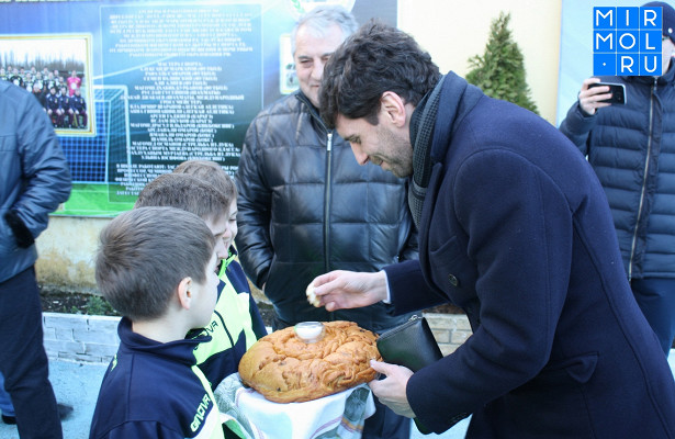 Футбольную школу Маркарова посетил директор Российского движения школьников Денис Клебанов