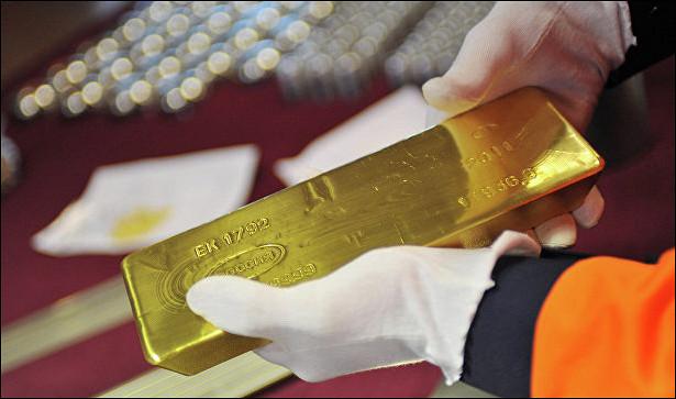 Российские банки снизили в2016 году закупку золота на3%