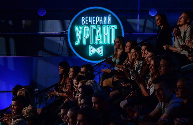 Легендарный гитарист группы «Кино» Юрий Каспарян зажег на«Вечернем Урганте»