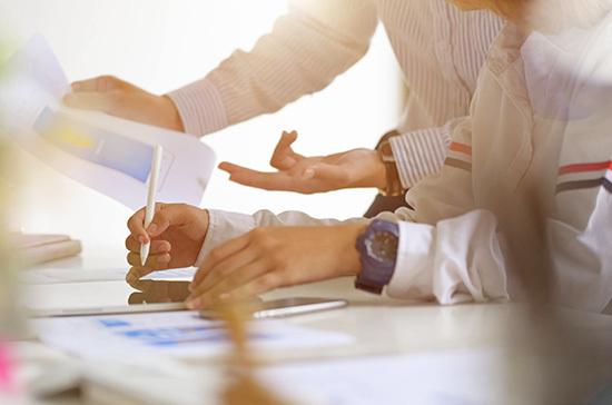 Иностранным компаниям упростят переход вроссийскую юрисдикцию