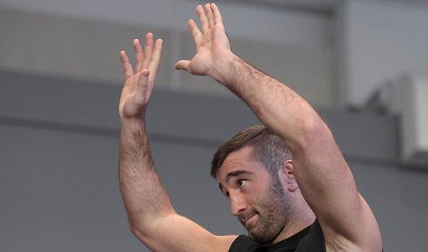 Гассиев победил Лебедева изавоевал пояс чемпиона IBF