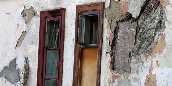 Минстрой упростит признание домов аварийными